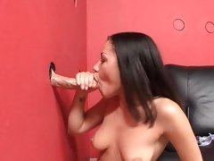 Gloryhole bonking for hawt Summer Bailey
