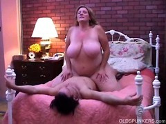 Marvelous older BBW can't live without round fuck