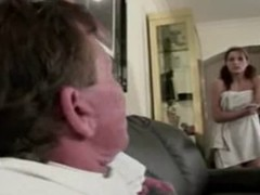 Daddy caught sniffing daughter&amp,#039,s allies pants