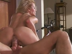 Ultra hawt blond Jessica Drake in the mood for fucking