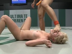 DragonLily fingers and toys Chloe Camilla's cum-hole on tatami