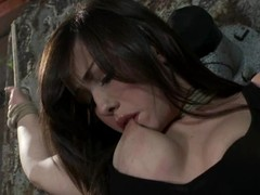 Jennifer White acquires fastened plus enjoys some wicked toying wide Sadomasochism vid