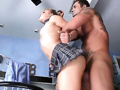 Alyssa Branch warms Nacho Vidal with in advance of rod engulfing