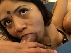 Beamy indian acquires a mouthful be expeditious for dong in a three-some